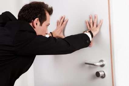 shut-door & shut-door - Pars Herald